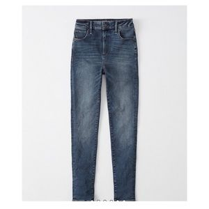 Abercrombie High Rise Super Skinny Jeans Size 4S